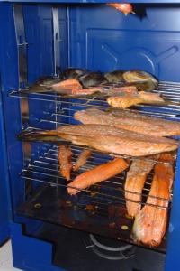 LDSC_0055-smoking-salmon